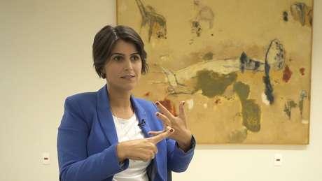 """Manuela: """"Não existe economia ou país que se desenvolveu sem o Estado conduzindo um projeto nacional"""""""