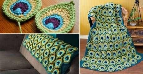 47. Colcha de crochê com padrão de penas de pavão