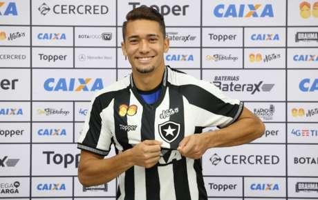 No Engenhão, Botafogo e Fluminense fazem o 359º Clássico Vovô da história