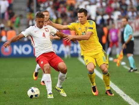 Thiago Cionek está na lista dos 35 nomes escolhidos na Polônia (FOTO: ANNE-CHRISTINE POUJOULAT/AFP)