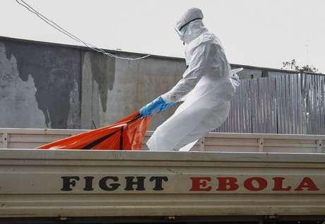 Entre 2014 e 2015, epidemia de ebola matou 11,3 mil na África Ocidental