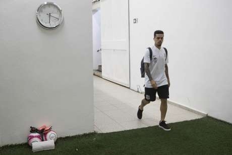 Fagner será avaliado por médico da Seleção Brasileira no domingo
