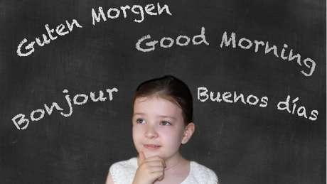 Ao começar a aprender aos 10 anos, pessoa tem mais chance de se tornar um falante fluente da língua