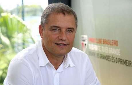 Aguirre rasgou elogios ao meia Shaylon (FOTO: Rubens Chiri / saopaulofc.net)