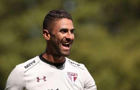 Colombiano ganha nova oportunidade como titular com a lesão de Diego Souza (Rubens Chiri/saopaulofc.net)