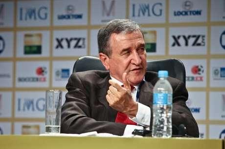 O ex-treinador Carlos Alberto Parreira, hoje parte de grupo de estudos da Fifa