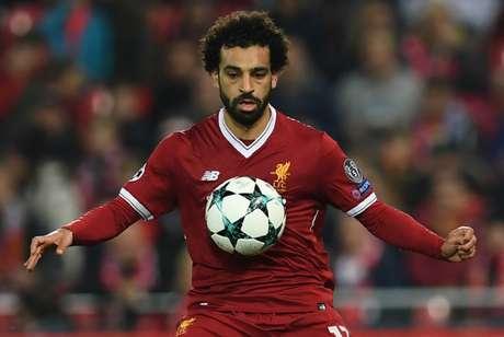 Salah é o grande nome da seleção do Egito (Foto: PAUL ELLIS / AFP)