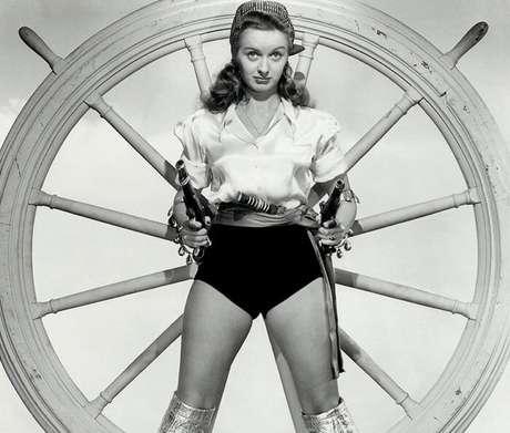 Noel Neill substituiu Phyllis Coates nos anos 1950