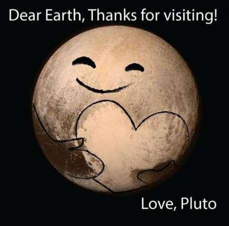 """""""Querida Terra, obrigado por visitar. Com amor, Plutão"""""""