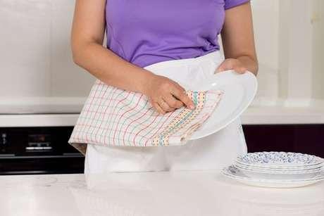 Pano de prato utilizado para enxugar os pratos