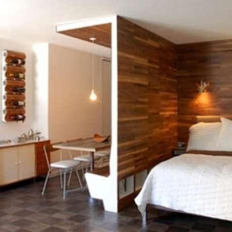 20. Esse tipo de parede também pode ser revestida com madeira