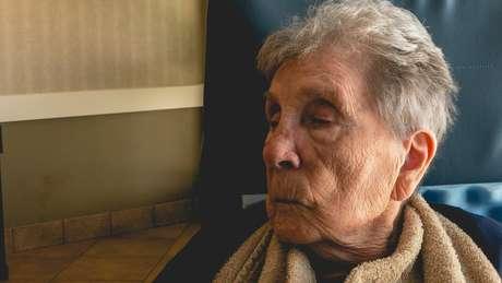 Especialistas ressaltam que é possível proporcionar qualidade de vida aos pacientes com Alzheimer