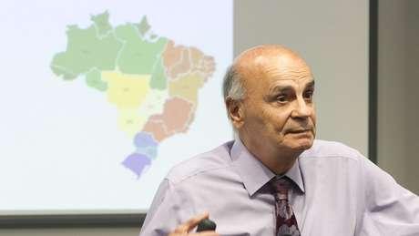 Dráuzio Varella: 'A sociedade brasileira, na qual eu me incluo, quer ver bandido na cadeia. Mas encarcerar simplesmente não melhora a segurança nas cidade?' (Crédito: Cynthia Vanzella/Divulgação Brazil Forum UK)