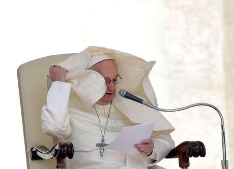 Papa Francisco durante audiência na Praça de São Pedro, no Vaticano 16/05/2018 REUTERS/Max Rossi