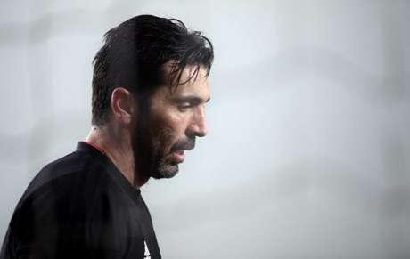 """Segundo a """"Mediaset Premium""""Klopp quer contratar Buffon para a próxima temporada (Foto: Marco Bertorello/AFP)"""
