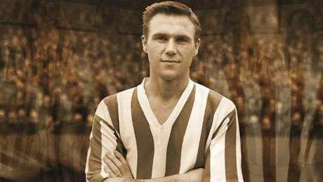 Campeão do mundo com a Inglaterra em 1966, Ray Wilson morre aos 83 anos (Foto: Divulgação/Huddersfield)