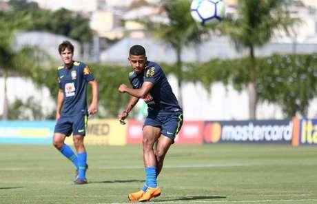 Brenner passou por período de treinamentos com a Seleção Brasileira sub-20 recentemente (Divulgação/CBF)