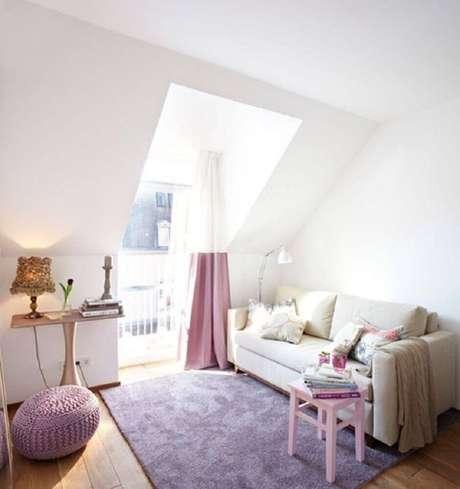 23. Casas minimalistas decoradas em tons de rosa