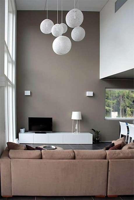 22. Decoração minimalista para casas modernas e bem iluminadas