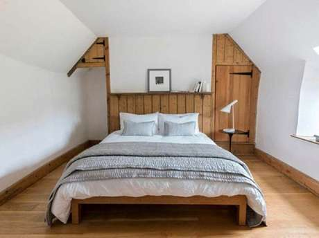 24. Estilo minimalista para decoração de quarto de casal