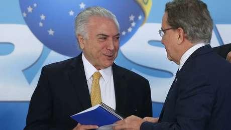 Os cargos à frente do IBGE e do BNDES na gestão Temer foram os primeiros em governos do economista