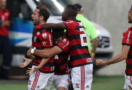 Flamengo passou pelo Emelec e garantiu a classificação na Libertadores (Foto: Gilvan de Souza / Flamengo)