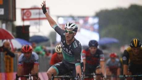 Irlandês ocupa a 94ª posição na classificação geral (Foto: AFP)