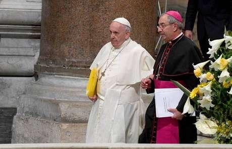 Papa Francisco é crítico dos atuais modelos que orientam o mercado financeiro