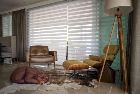 53. Poltronas para sala de estar diferentes com puff de Urso. Projeto de Orlane