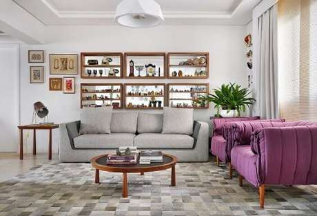 43. Poltronas para sala de estar pink. Projeto de Ana Yoshida