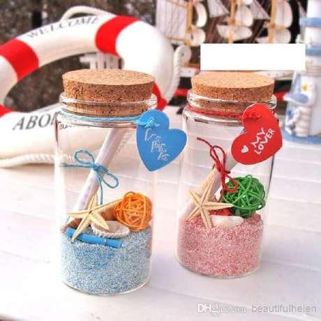 51. Modelo de lembrancinhas para casamento na praia