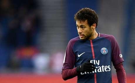 Ao 'L'Equipe', presidente do PSG garante permanência de Neymar (Foto: FRANCK FIFE / AFP)