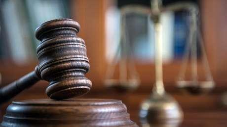 Como o casal queria despejar o próprio filho, foi necessário recorrer à Suprema Corte local.