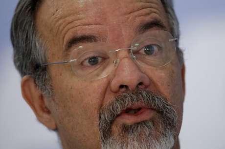 Ministro da Segurança Pública, Raul Jungmann, durante entrevista coletiva em Brasília 07/03/2018 REUTERS/Ueslei Marcelino