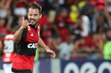 Everton Ribeiro vive boa fase no Flamengo e quer a vitória na Argentina (Foto: Gilvan de Souza / Flamengo)