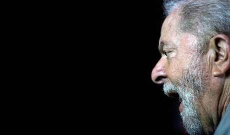 Defesa de Lula pede suspensão de Moro após foto com Doria