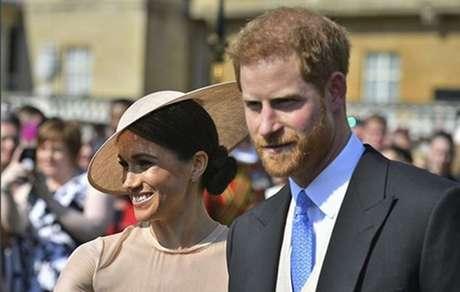 Principe Harry e Meghan fazem primeira aparicao publica