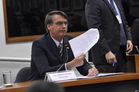 Na ação, a Procuradoria da República diz que Bolsonaro fez declarações contundentes contra quilombolas durante uma palestra no Clube Hebraica, no Rio de Janeiro, em abril do ano passado