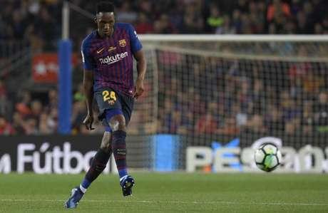 Mina atuou em seis partidas pelo Barcelona (Foto: Lluis Gene / AFP)