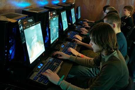 Jogando videogame? Não, estamos estudando. Sério!