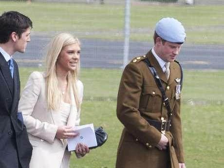Príncipe Harry e a ex-namorada Chelsy Davy ficaram juntos por 7 anos