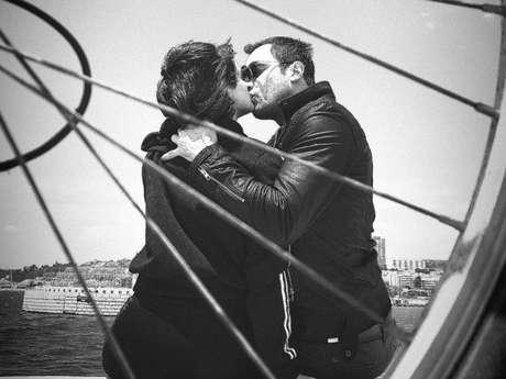 Bianca Bin mostrou foto de beijo em Sergio Guizé em seu Stories