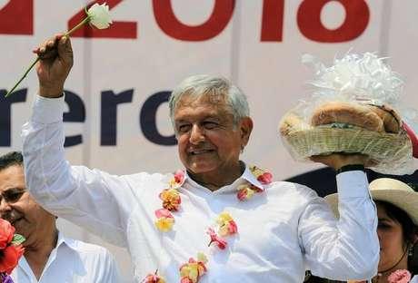 Andrés López Obrador em campanha eleitoral no México