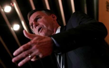 Deputado Jair Bolsonaro durante evento em São Paulo 27/11/2017 REUTERS/Leonardo Benassatto