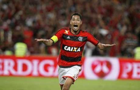 Hernane marcou 45 gols em 76 jogos com a camisa do Flamengo (Foto: Cleber Mendes/Lancepress!)