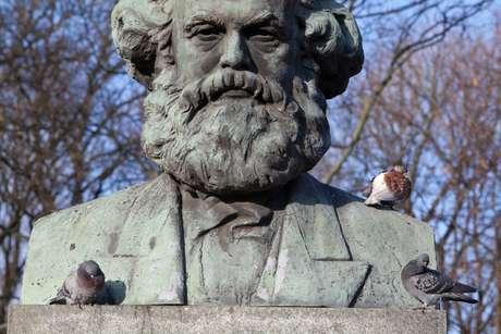 Escultura russa de Marx