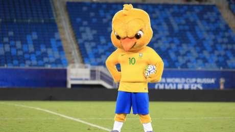 Canarinho ainda estará nos amistosos da Seleção (Foto: Lucas Figueiredo/CBF)