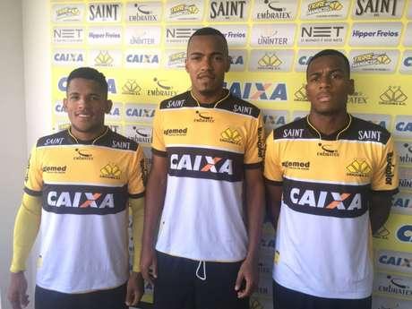 Marlon Freitas, Ralph e Vitor Feijão são apresentados no Criciúma (Foto: Fernando Ribeiro / Criciúma EC)