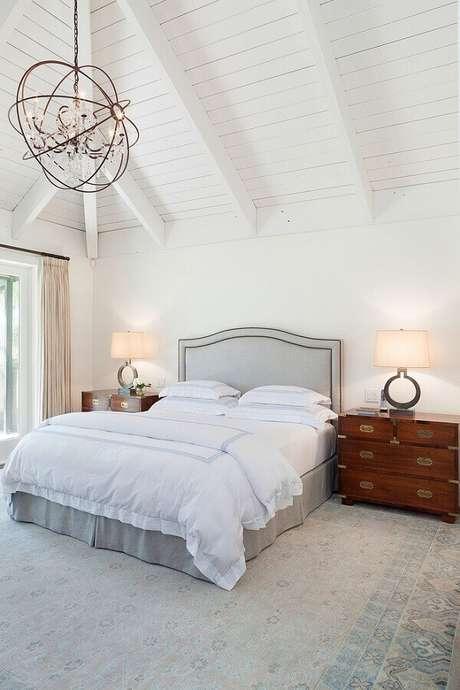 17. Lindo modelo de lustres para quarto com design diferente