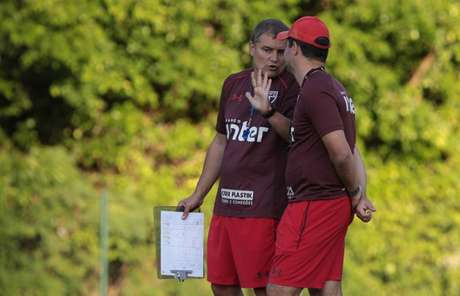 Diego Aguirre coloca Palmeiras como um dos cinco candidatos ao título do Brasileiro (Rubens Chiri/saopaulofc.net)